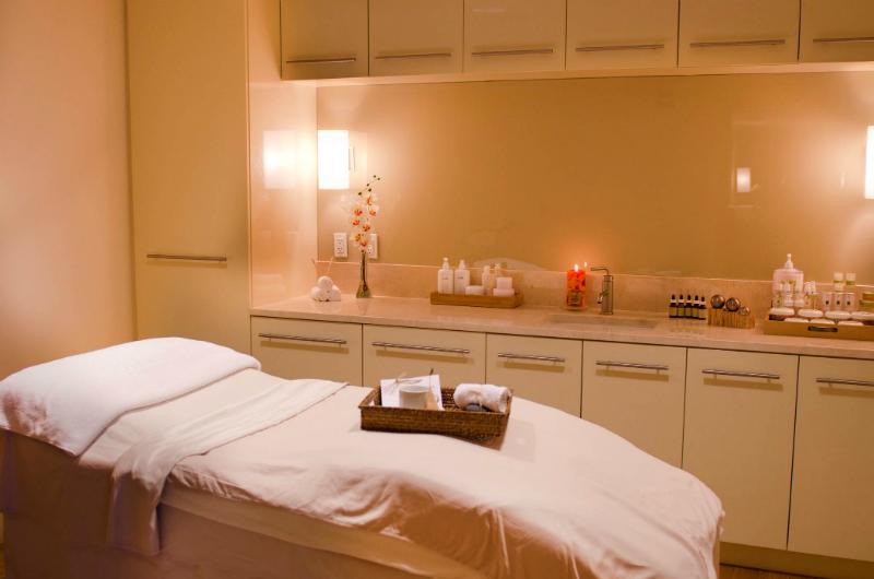 Pumpkin-Skincare-Treatments-The-Spa-at-Conrad-Miami